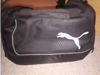 Puma sports/gym bag
