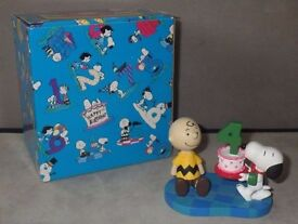 SNOOPY & FRIENDS Happy 4th Birthday Bash 4 Figureine - 1997 - BOXED