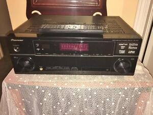 Pioneer 550 Watt 5.1 AVR w/ HDMiVSX-820K