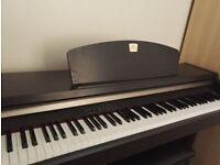 Digital piano Yamaha Clavinova CLP 920 digital piano 88 weighted keys - Good condition (Free Stool)