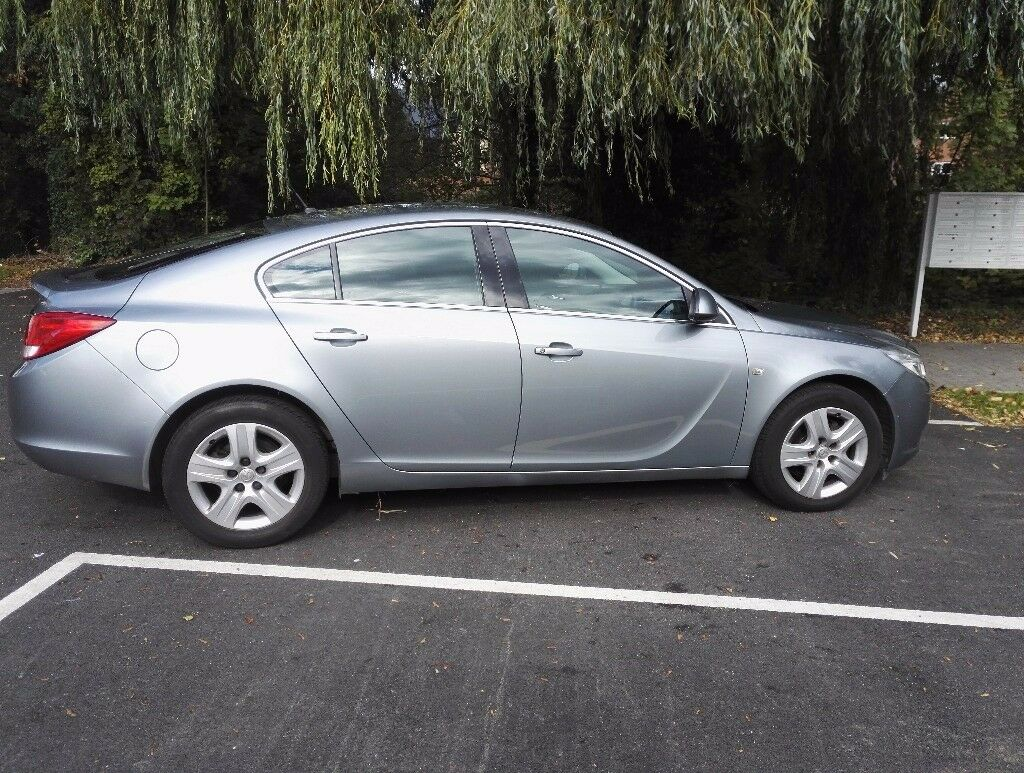 Vauxhall Insignia 1.8 Exclusive petrol Registered 2013 with Low Mileage