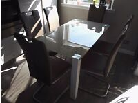 Stone/Crème GLASS DINING TABLE WITH 6 FAUX LEATHER SEATS