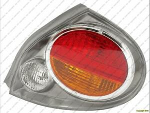 Tail Light Passenger Side Nissan MAXIMA 2002-2003