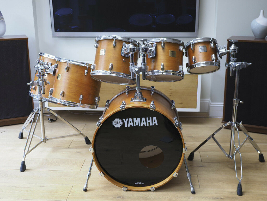 45a224df87f3 YAMAHA MAPLE CUSTOM ABSOLUTE DRUM KIT. SUPERB CONDITION! 8