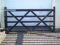 5 Bar Wooden Gate For Sale