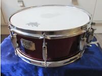 """PEARL EXPORT SNARE DRUM in Red Wine Finish 14"""" x 5.5"""""""