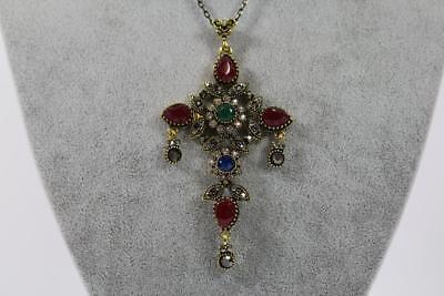 Halskette mit großem Kreuz Anhänger Schmuckmetall Steinbesatz Markasiten Barock