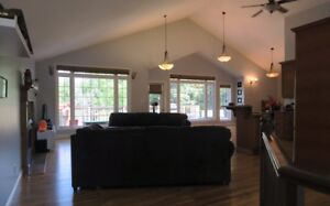 Beautiful large home in Lorette for rent