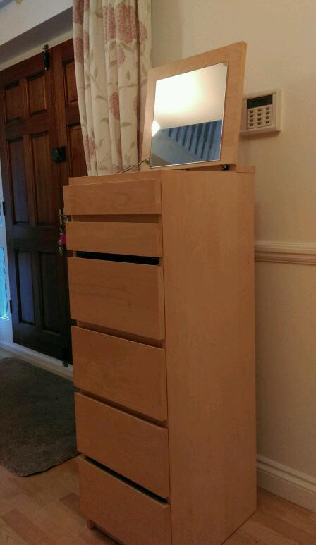 Tall chest of drawers with mirror in lid