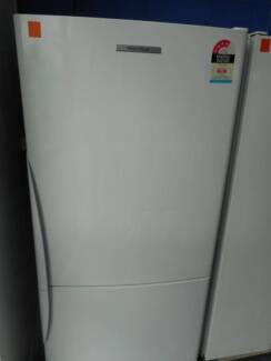 FF 040 Second Hand FRIDGE⁄FREEZER FISHER AND PAYKEL 519 L Bundall Gold Coast City Preview