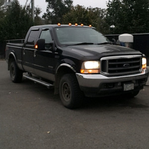 2004 f350 lariat fx4 crew short diesel for trade