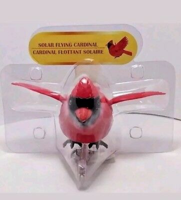 Solar Powered Flying Cardinal Red Bird With Clip Hanger Bobble Head Toys New Fsh