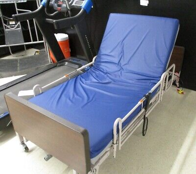 Patriot Series Hospital Home Care Bed With Side Rails 690-7104-902 Used