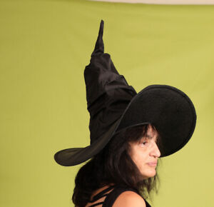 Halloween-Witch photo-shoot. Female models needed