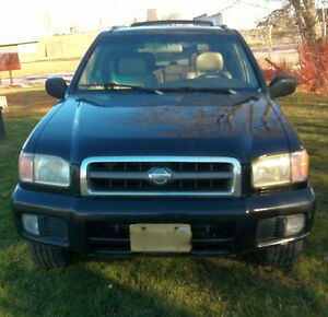 2000 Nissan Pathfinder LE SUV, $600 OBO NEED GONE THIS WEEKEND
