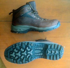 McKinley Mens Hiking Boots