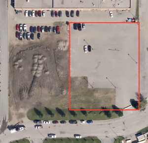.91 Acres Paved and Illuminated Yard for Lease, 286 Venture Cres