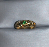 GREAT GIFT IDEA!! 10KT GOLD EMERALD LADIES 'PINKY' RING