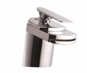 Robinet mitigeur pour salle de bain, jet cascade, finition en chrome, NEUF EN BOÎTE