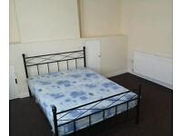double bedroom in shared house, (NO AGENCY FEES) £420 pcm (bills included)