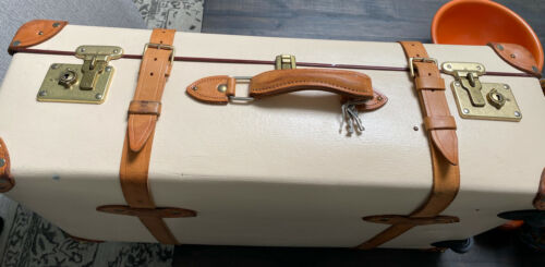Auth GLOBE-TROTTER Safari 30inch Trolley Suitcase. Tan And Leather,/ Wheels OMG - $1,295.00