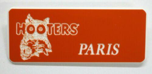 HOOTERS RESTAURANT GIRL PARIS ORANGE NAME TAG / PIN -  Waitress Pin