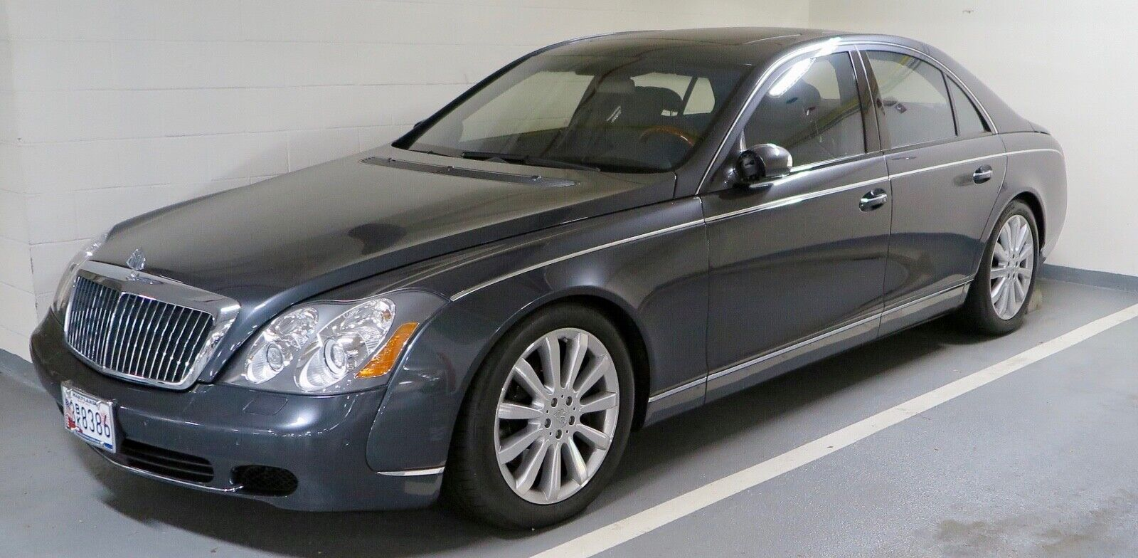 2004 Maybach 57  2004 Maybach 57, 21k Miles, Mint Condition, Serviced, All Records