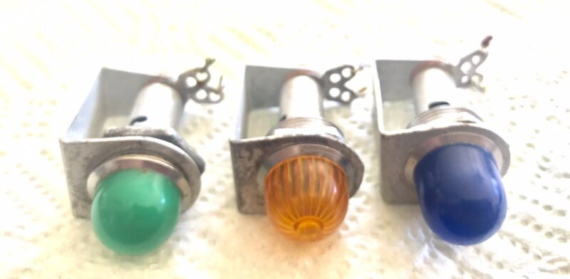3 Vintage Drake-Chicago No. 221V-AE Panel Indicator Lamps W/ 6 Extra Lenses Used