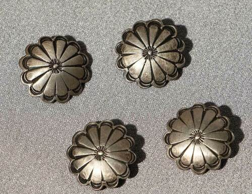 SET OF 4 SCALLOPED VINTAGE MEXICAN SILVER BUTTONS CONCHO STYLE