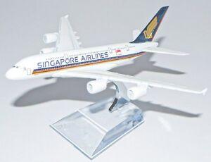 16cm Airbus A380 Singapore airlines Metal Desk Aircraft Plane Model UK