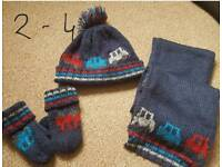 Hat scarf and gloves