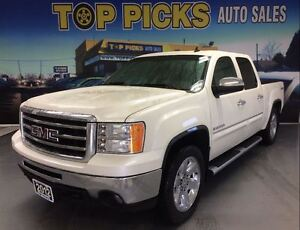 2012 GMC Sierra 1500 SLT, LEATHER, SUNROOF, NAVIGATION AND MORE!