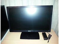 LG Flatron E2351 23in Slim Widescreen 1920x1080p Full HD LED HDMI Monitor