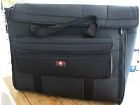 iMac 27 inch carry bag - great condition