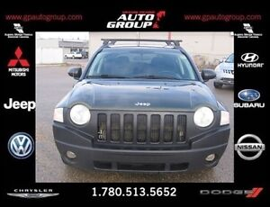 2009 Jeep Compass Sport/North | Spacious Interior
