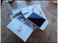 iPhone 4S White UNLOCKED 16GB NEW!!