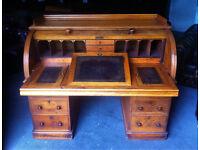 Victorian Honey Oak Cylinder Bureau / Writing desk