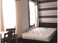 Room to Rent in Cricklewood NW2 - Ideal for Couple/ Student - En Suite Bathroom - Available Now
