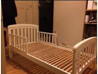 Troll 'Nicole' junior bed with siderails.