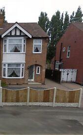 3 bedroom, semi-detached house to rent
