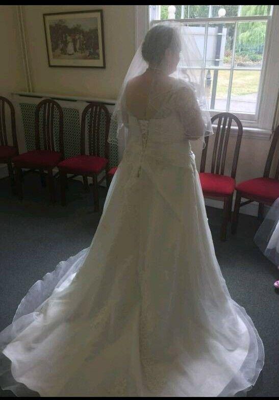 Wedding Dress For In Sutton Coldfield West Midlands Gumtree