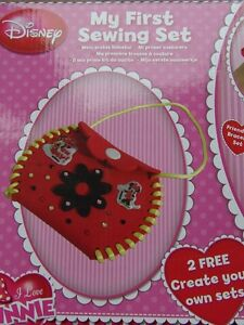Disney-Minnie-Mouse-MY-FIRST-SEWING-KIT-Make-a-Friendship-Bracelet-Jewellery