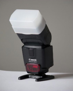 Canon Speedlite 430EX II Flash with Included Diffuser