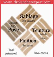 Sablage Pose Finition de plancher de bois. Teinture de plancher