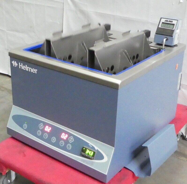 R169661 Helmer DH8 QuickThaw 8 Bag Plasma / Blood Thawing Bath