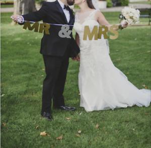 """Mr & Mrs"" String Wedding Sign"