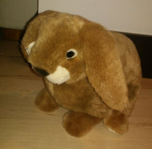 Very cute stuffed (Easter) bunny in excellent condition