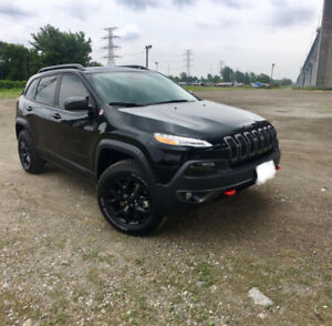 2017 Jeep Cherokee Trailhawk Fully Loaded