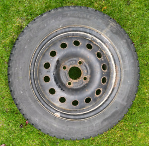 Barely Used 195/60R15 Weather Master winter tires on rims!!