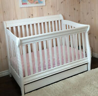 White Convertible Morigeau Lepine Crib with Storage